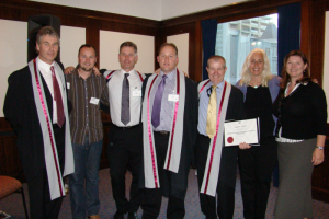 Graduating Class 2009 from left to right: Steve Ritchie, Leighton Evans, Paul Moodie, Morne Nel, Andrew Quinn & tutors Saranya Tarrant & Amanda Warren.